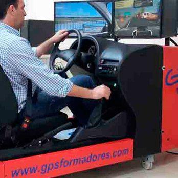 Simuladores de vehículos, disponibles en GPS Formadores Autoescuelas